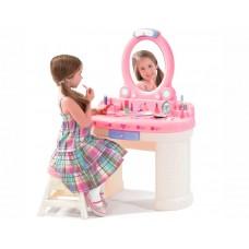 Туалетный столик Маленькая Барби Step2 757900